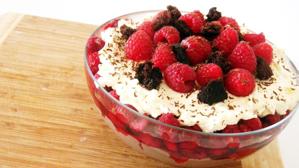 chocolate raspberry trifle thumb